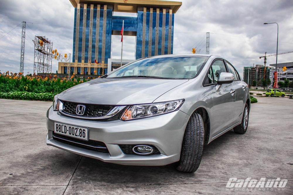 Honda Civic 2015: Sang trọng lịch lãm hơn