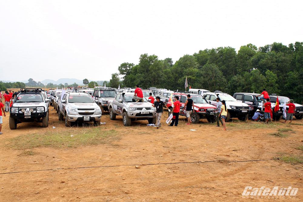 Khai mạc giải đua xe địa hình VOC 2015