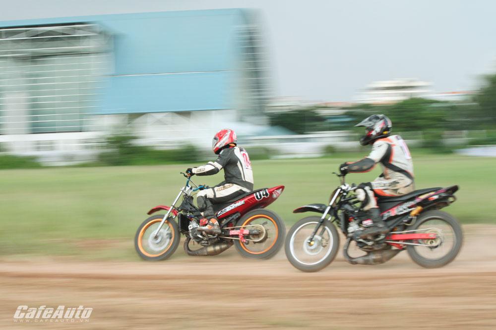 Giải đua xe Vietnam Motor Cub Prix gay cấn từ ngày đầu tiên
