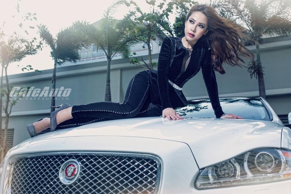 """Á khôi doanh nhân Mai Diệu Linh đẹp """"ma mị"""" bên Jaguar XJL"""