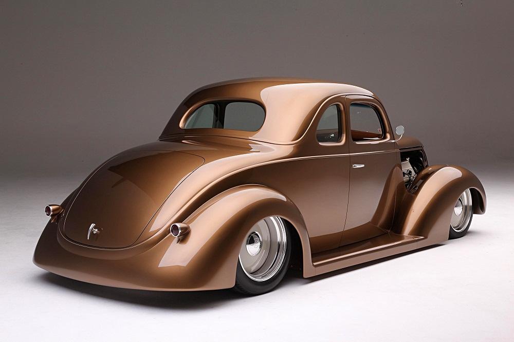 Ford 1937 đẹp mê ly sau phục dựng