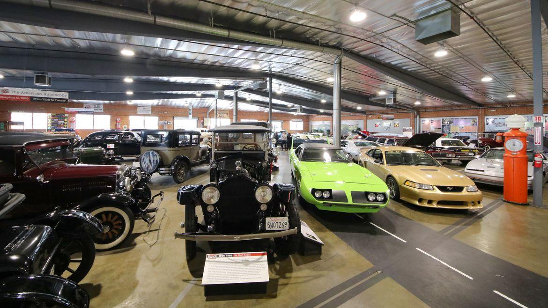 Ngắm siêu xe cổ tại Bảo tàng Xe hơi Los Angeles