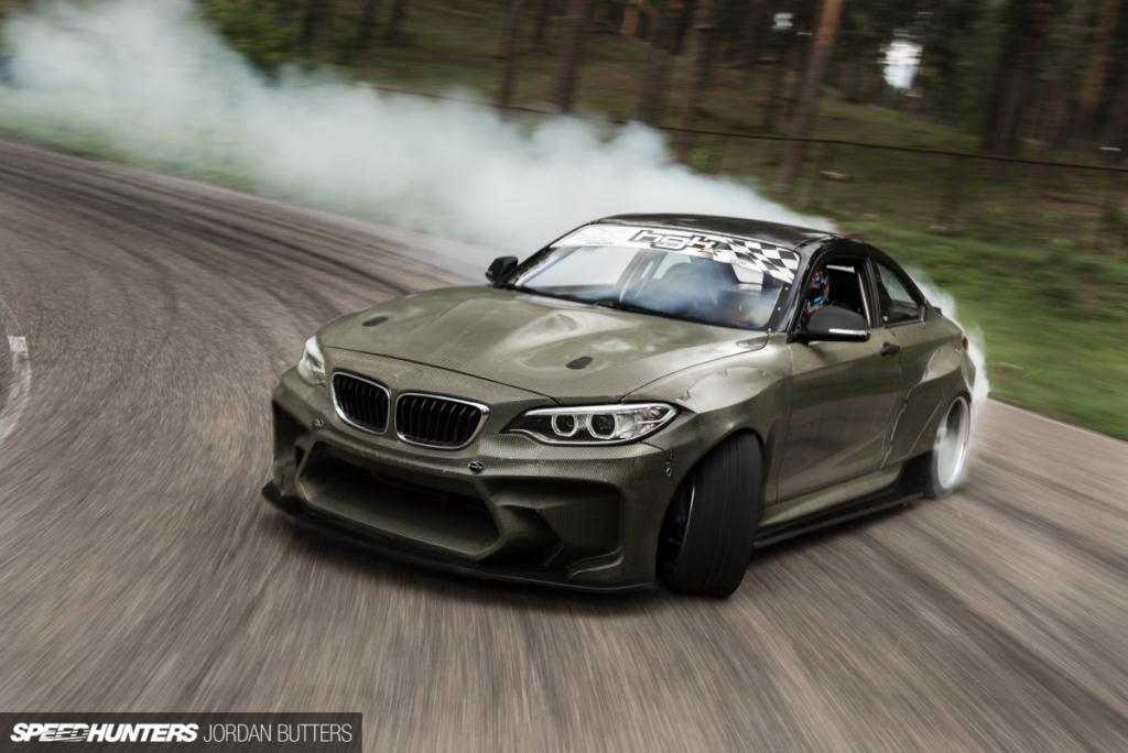 """""""Quái vật"""" BMW M2 mạnh 820 mã lực phô diễn sức mạnh"""
