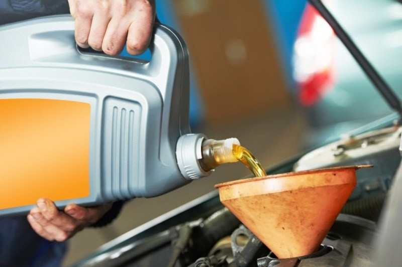 Thay dầu miễn phí, nhận quà đặc biệt từ Vietnam Star