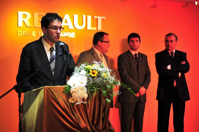 Khai trương showroom Renault tại Tp.HCM