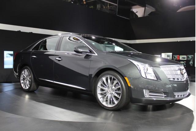 Cadillac XTS 2013 có giá 44.995 USD