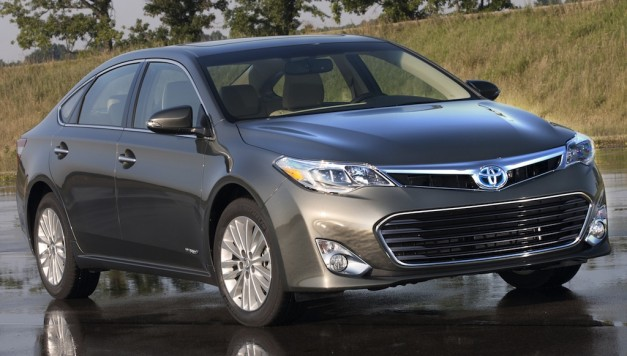 Toyota công bố thông tin động cơ của Avalon 2013