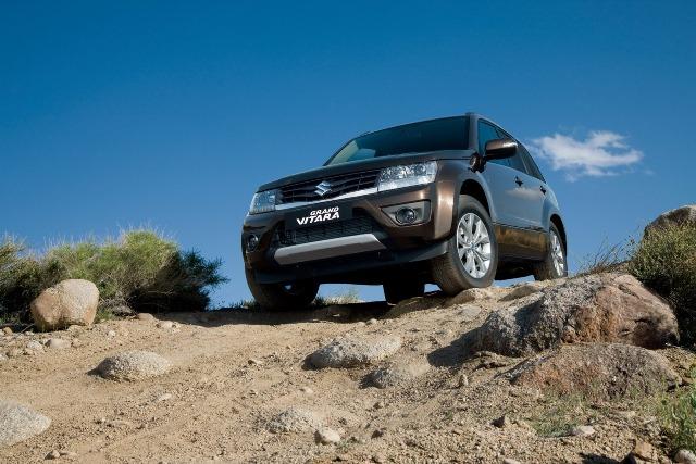 Suzuki Grand Vitara 2013 được nâng cấp nhẹ