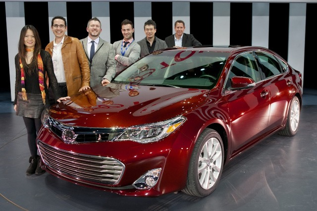 Toyota Avalon 2013 rẻ hơn 2.205 USD