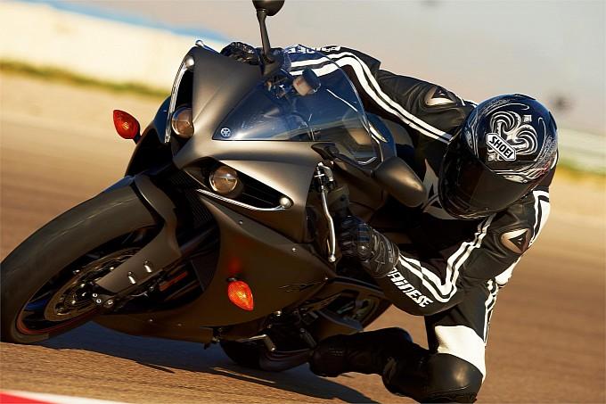 Lộ ảnh siêu motor đường phố - Yamaha YZF-R1