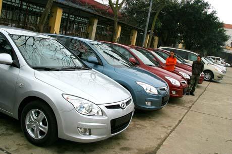 Thị trường ô tô cũ sôi động trước tin giảm thuế trước bạ