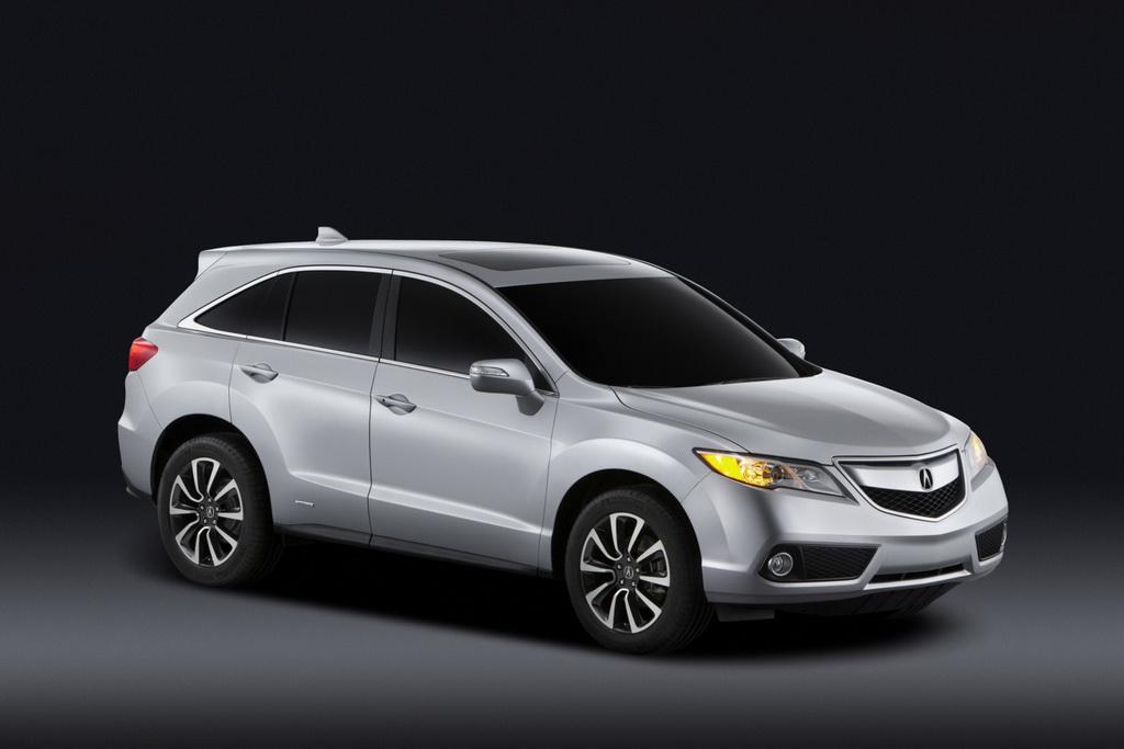 Acura RDX 2014 tăng giá 200 USD