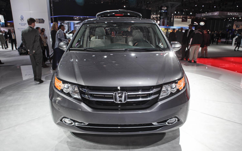 Honda Odyssey 2014 tăng giá từ 300 USD