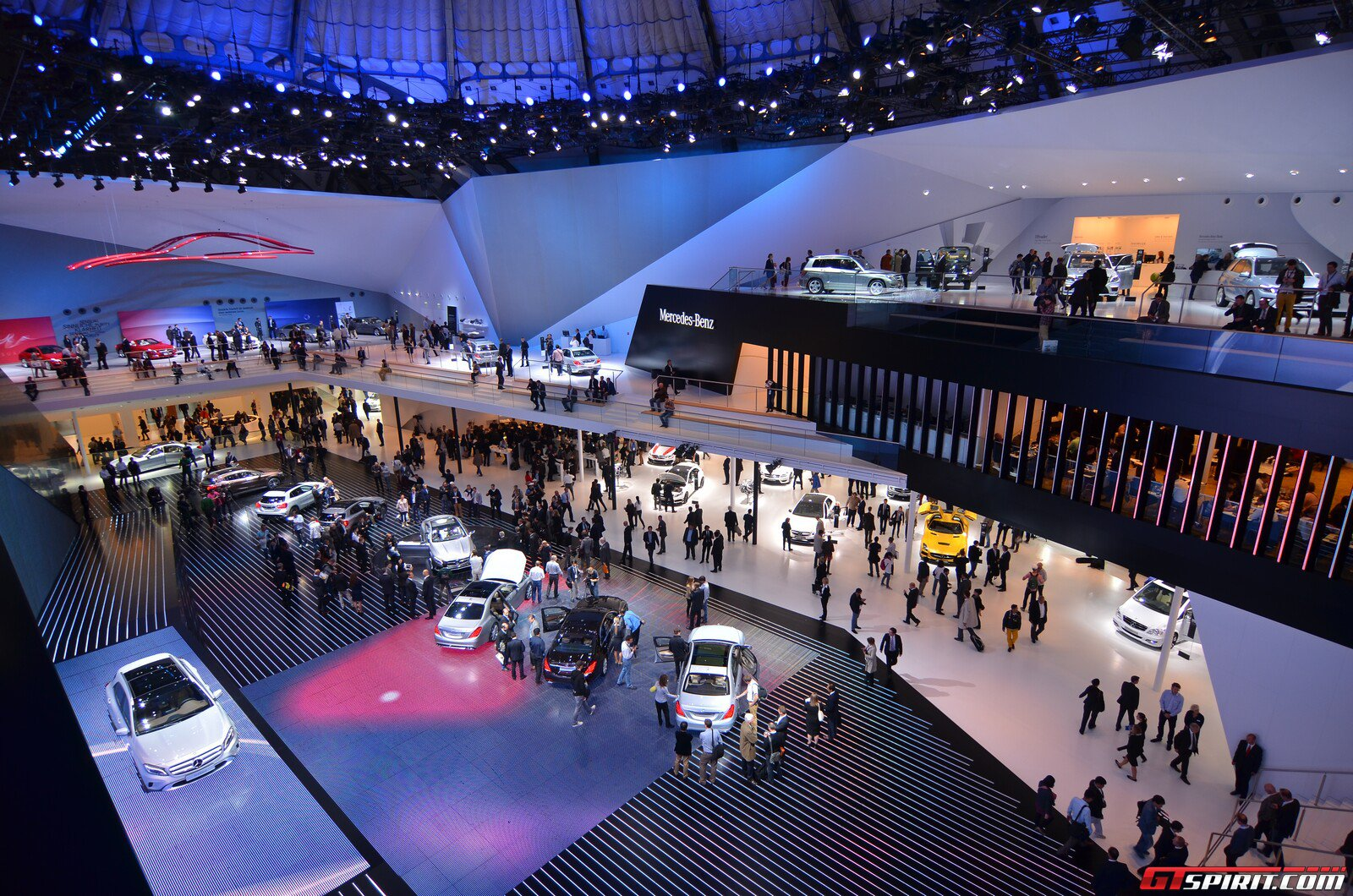 Mercedes-Benz ở IAA Frankfurt Motor Show 2013