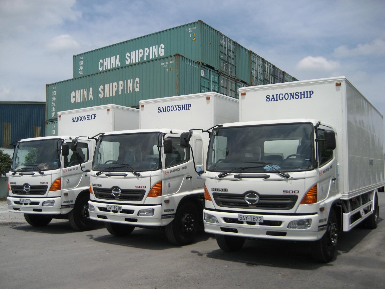 Từ ngày 1/10, ô tô vận tải niêm yết tên, đơn vị kinh doanh