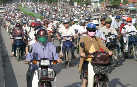 Xuất khẩu xe máy, Việt Nam được gì?
