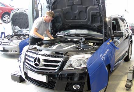 """Khách hàng Mercedes VN luôn hài lòng, sao phải """"cầu cứu"""" truyền thông?"""