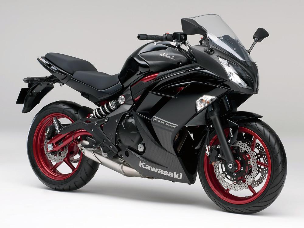 Kawasaki ra mắt Ninja 400 ABS bản đặc biệt
