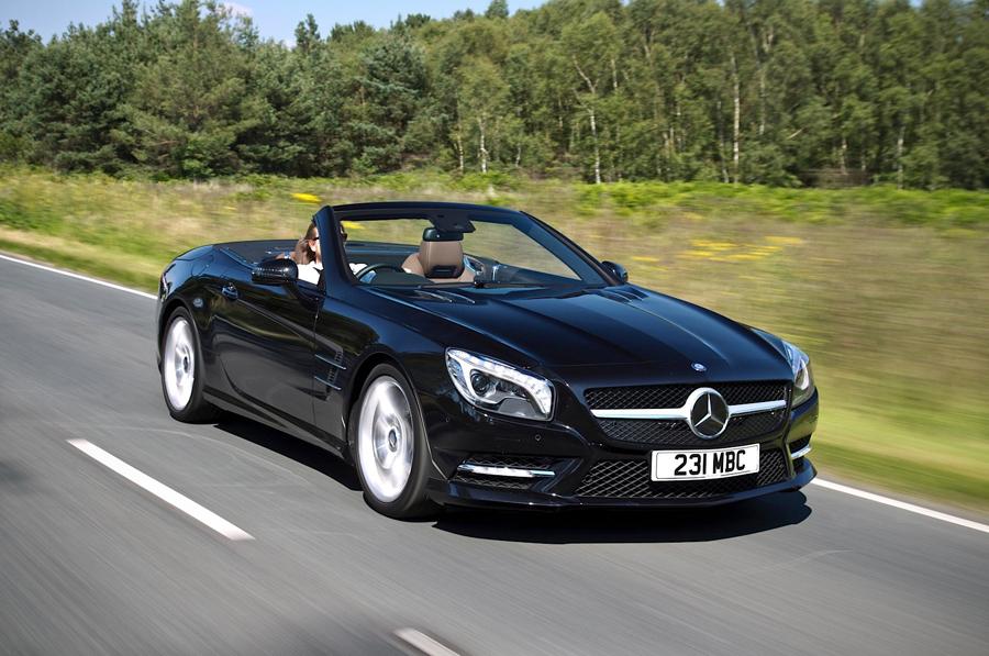 Mercedes-Benz công bố giá bán loạt xe SL mui trần 2015