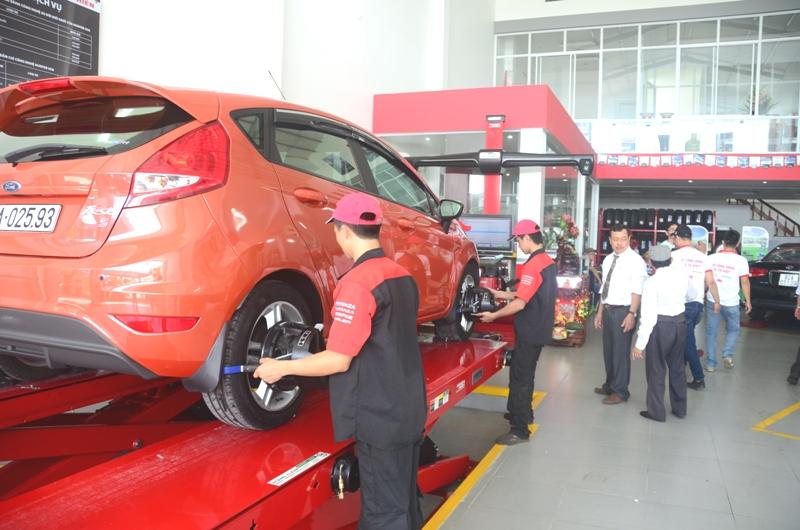 Trên 50% người Việt chưa từng tự thay bánh xe