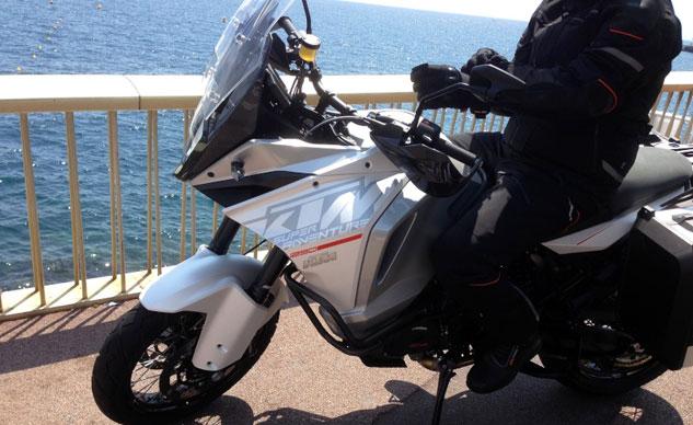Lộ ảnh thử nghiệm KTM 1290 Super Adventure 2015