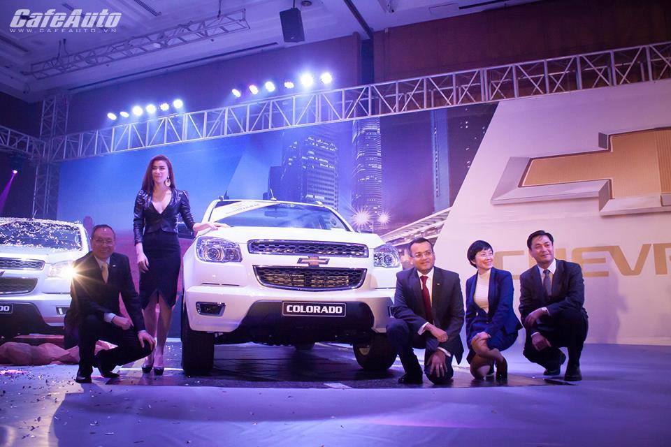 Chevrolet Colorado 2015 ra mắt 4 phiên bản tại Việt Nam, giá từ 599 triệu đồng