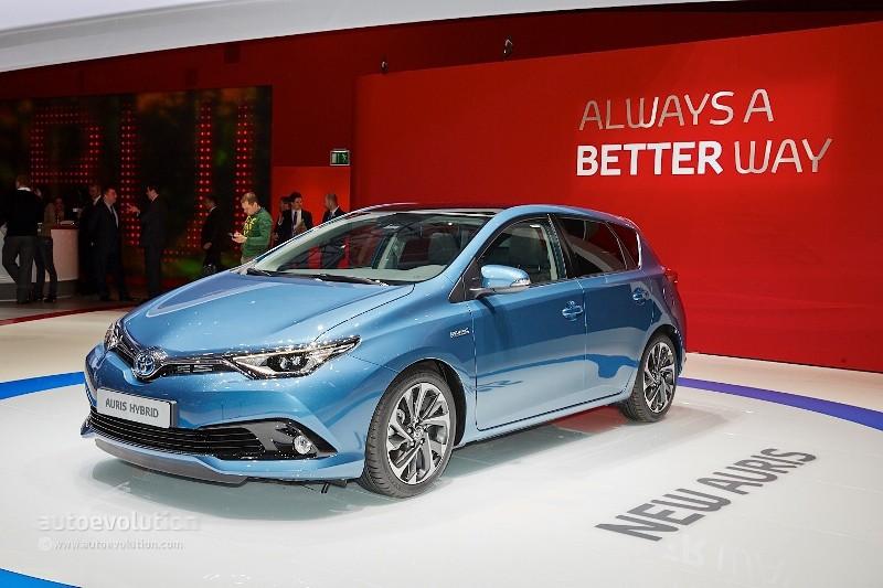 Geneva Motor Show 2015: Toyota Auris máy mới, ngoại hình mới