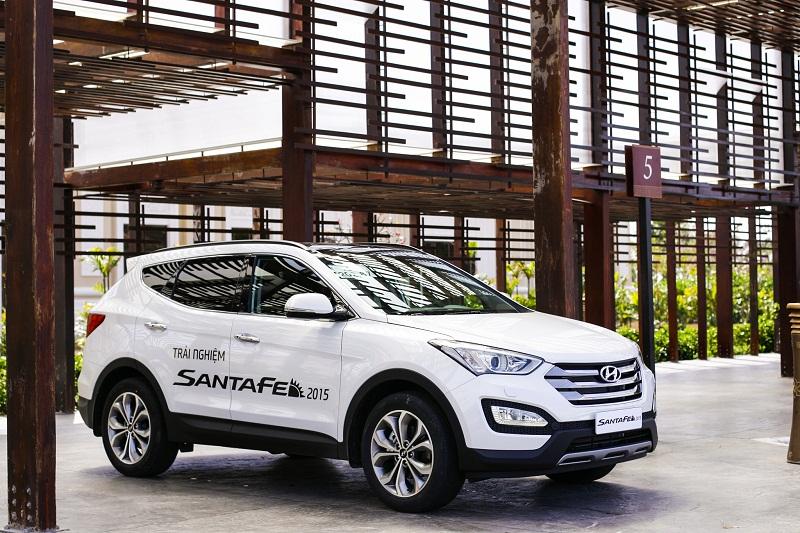Hyundai SantaFe có thêm bản 5 chỗ giá từ 999 triệu đồng
