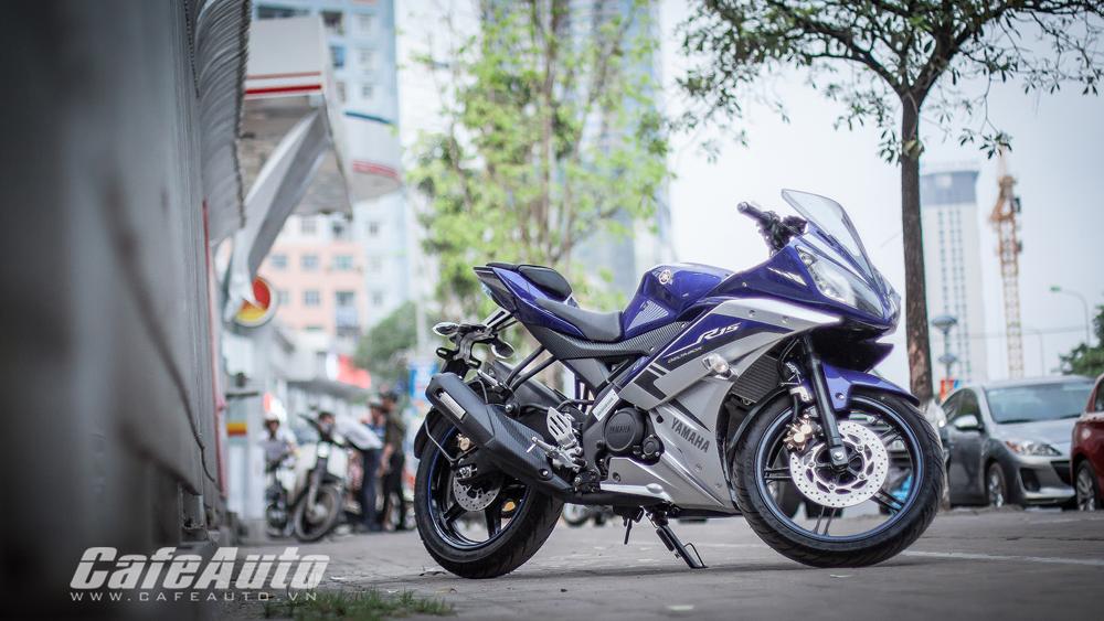 Yamaha YZF-R15 màu sơn mới đã có mặt tại Việt Nam