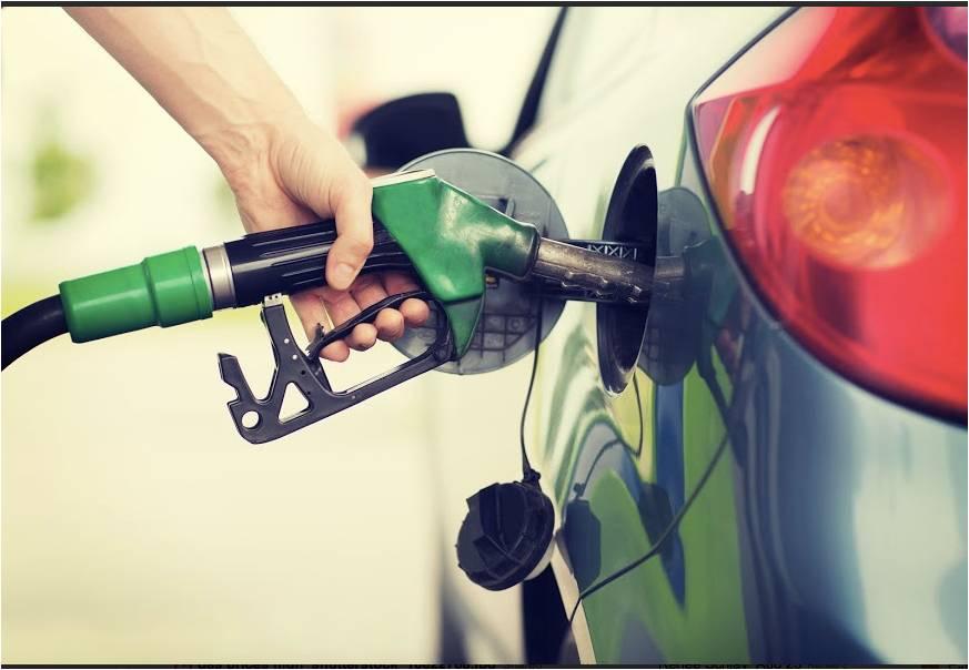 Sau giá xăng, giá dầu tăng thêm 500 đồng/lít