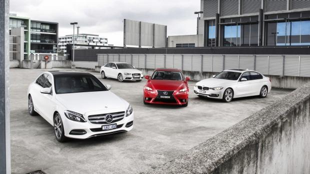 Thị trường xe sang tháng 6: người Đức đấu nhau, Lexus trở lại