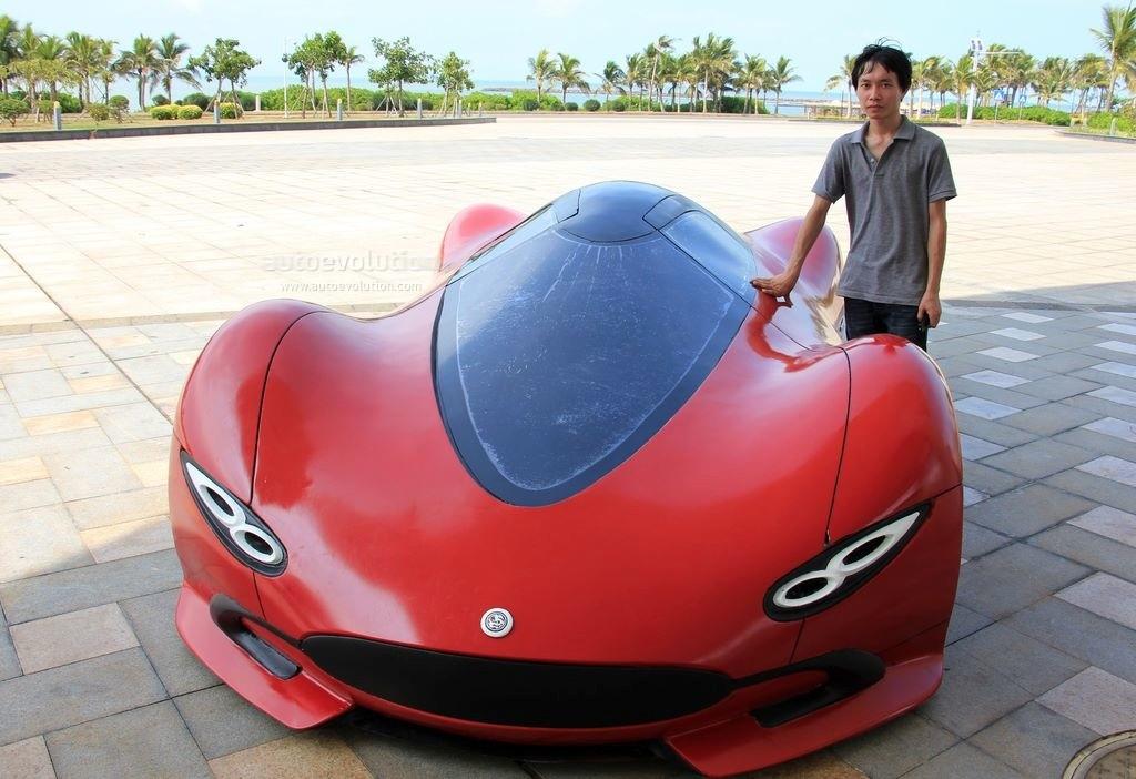 """Công nhân Trung Quốc chế """"siêu xe"""" điện 105 triệu đồng"""