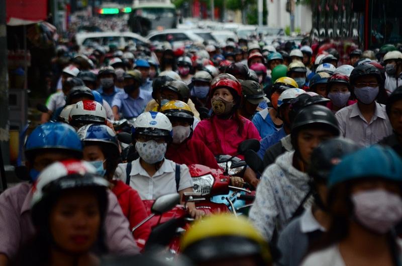 Kiến nghị Chính phủ dừng thu phí xe máy