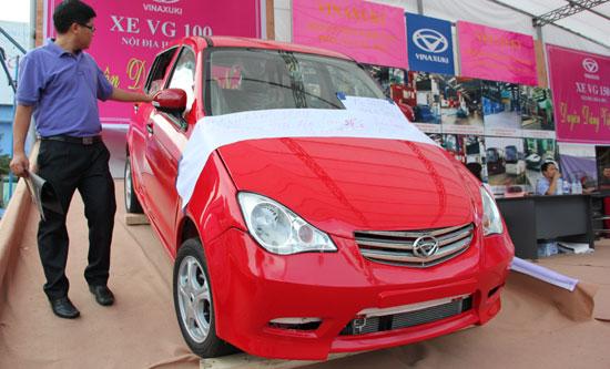 Vinaxuki bán nhà máy trả nợ: Xa vời giấc mơ ô tô Việt