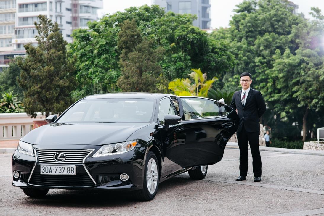 Lexus giao 3 xe ES350 cho khách sạn Sheraton Hà Nội
