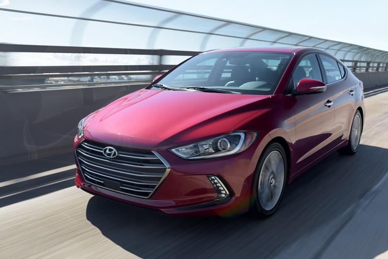 Hyundai Elantra 2017 - kiểu dáng đẹp, công nghệ cao
