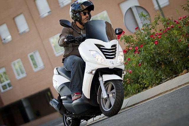 Peugeot CityStar AC mới trình làng thách thức Honda PCX