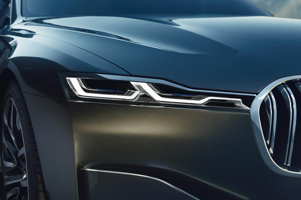 """BMW """"đấu"""" Mercedes-Benz ở cuộc chiến SUV siêu sang"""
