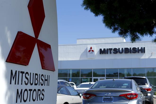 """Mitsubishi và Nissan """"rủ nhau"""" gian lận mức tiêu thụ nhiên liệu trên ô tô"""