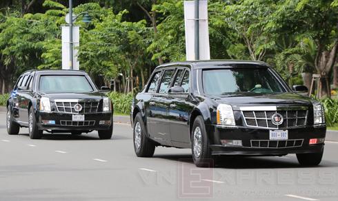 Bốn chiếc The Beast của tổng thống Mỹ đến Việt Nam