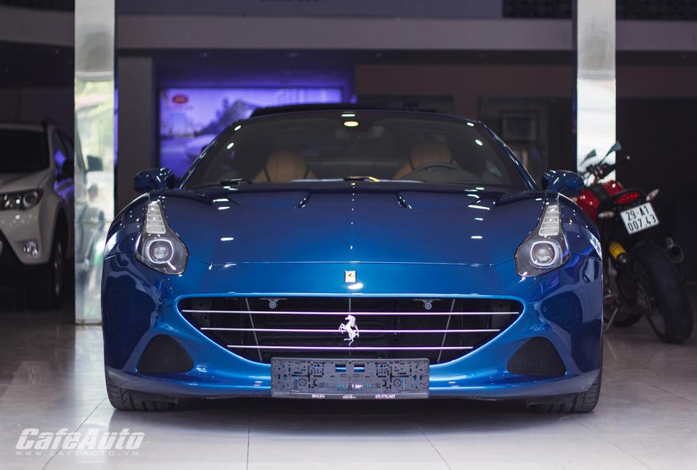 """Chiêm ngưỡng """"kẻ kế vị hoàn hảo"""" Ferrari California T tại Việt Nam"""
