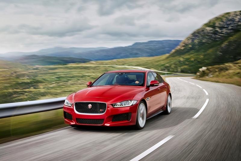 Jaguar Land Rover Việt Nam ưu đãi gói bảo dưỡng cho khách hàng