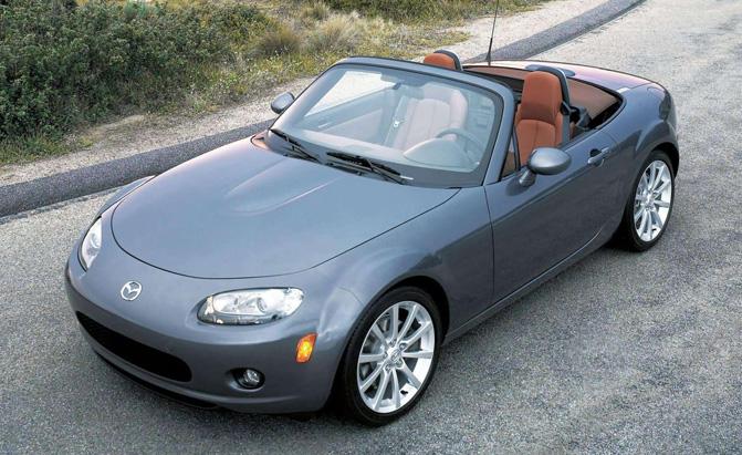 5 mẫu xe nâng cấp có thiết kế gây tranh cãi nhiều nhất