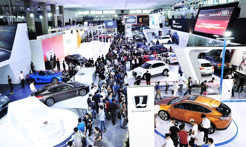 Ảnh hưởng tháng Ngâu, doanh số ngành ô tô giảm 17%