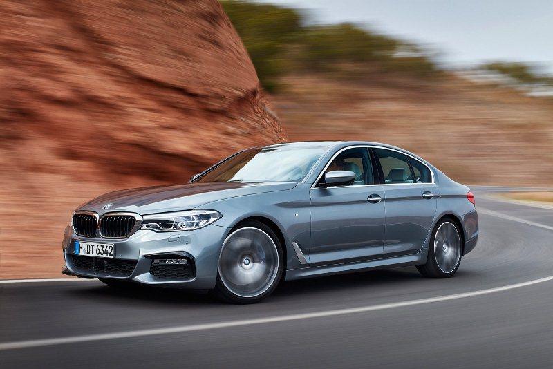 BMW 5 Series 2017 chính thức ra mắt