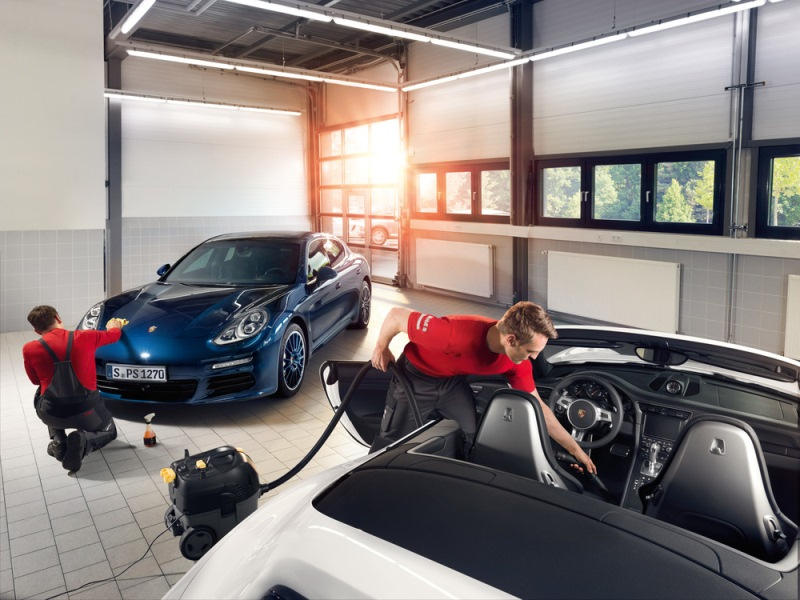 Porsche Việt Nam chăm sóc toàn diện cho khách hàng