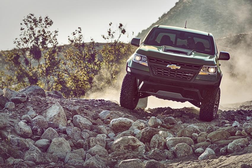 Bán tải off-road Chevrolet Colorado ZR2 giá từ 40.995 USD