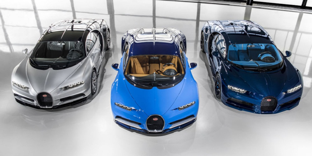 Bugatti xuất xưởng 3 siêu xe Chiron triệu đô đầu tiên
