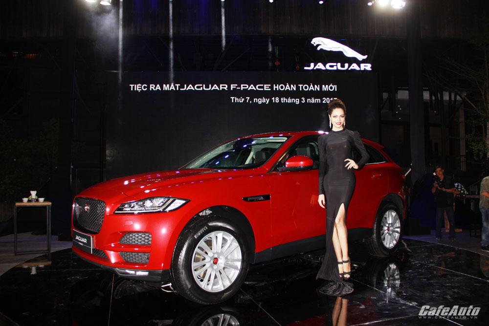 Chi tiết SUV hạng sang Jaguar F-PACE mới ra mắt