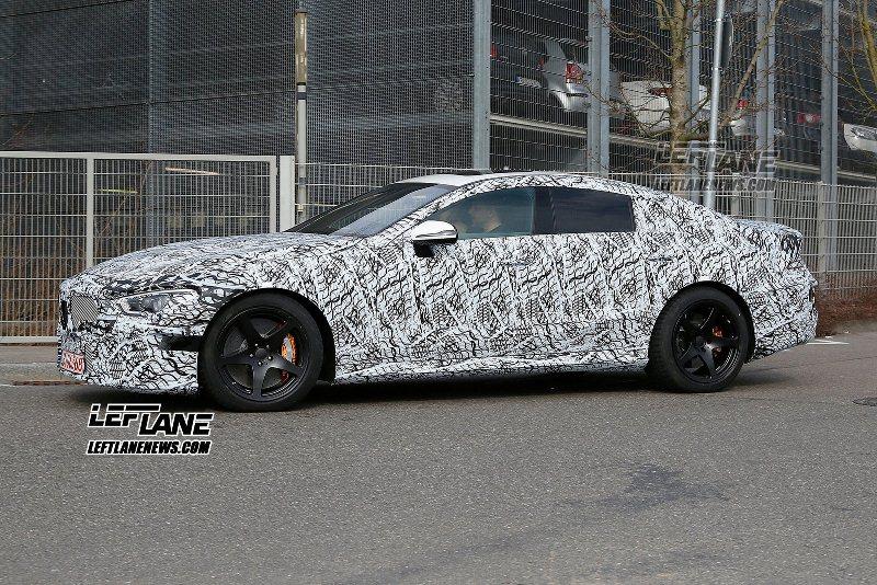 Mercedes-AMG GT bản 4 cửa chạy thử nghiệm